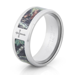 Men's Titanium Single Cross Camo Ring