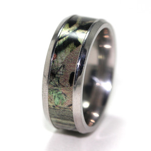 Men's Titanium Mossy Oak Break-Up Infinity Camo Ring
