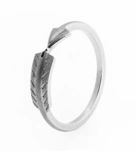 Women's Titanium Arrow Wrap Ring