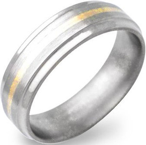 Men's Beveled Titanium Gold Ring