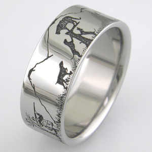 Men's Titanium Dogs & Cougar Hunting Scene Ring