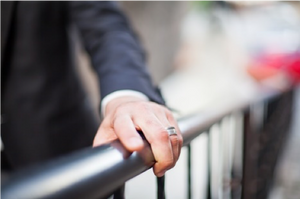 The Secret to Getting a Wedding Band He'll Love