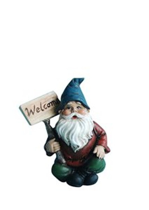 Gnome with Welcome Sign