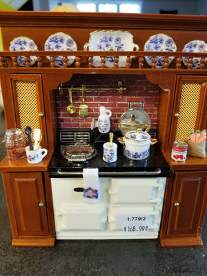 Reutter Porzellan - Stove & Cabinet with Blue Onion Dishes