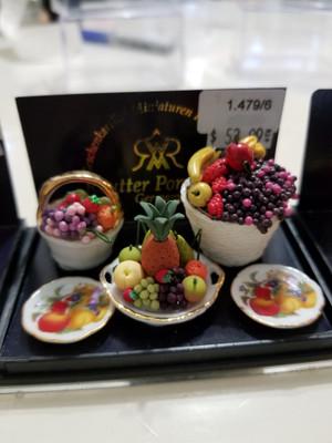 Reutter Porzellan - Fruit Bowls & Plates