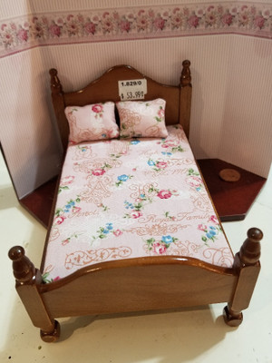 Reutter Porzellan - Wooden Double Bed
