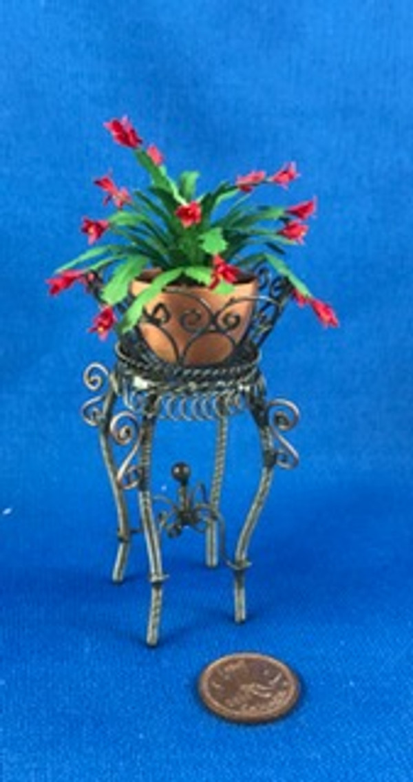 Rustic Wire Plant Stand