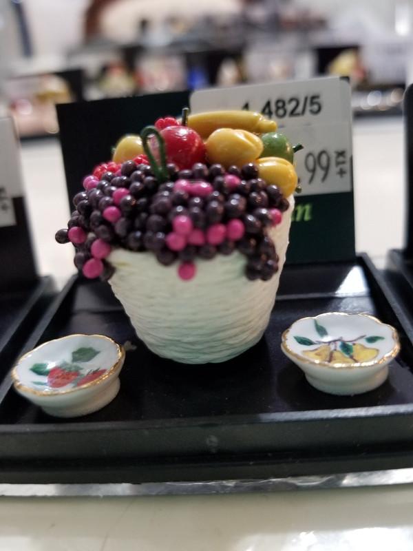 Reutter Porzellan - Fruit Bowl & Plates