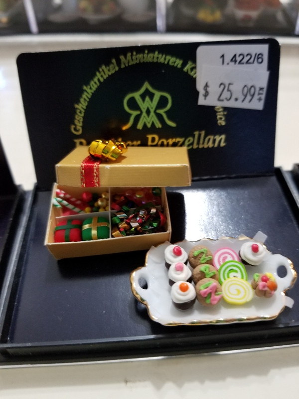 Reutter Porzellan - Box & Tray of Sweets