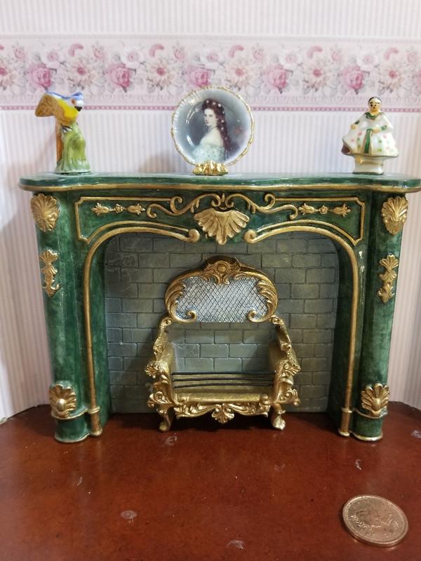 Reutter Porzellan - Fireplace with Accessories