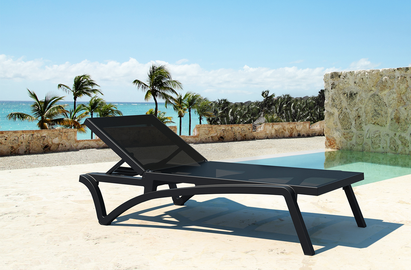 Playa Sling Chaise Poolside in the all black