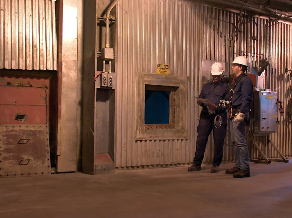 Confined Space Entry: A Deadly Situation - Video