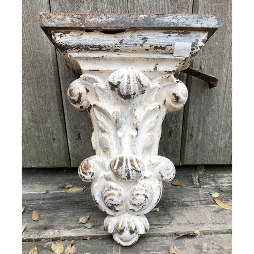 S17067 - Antique Victorian Cast Iron Corbel