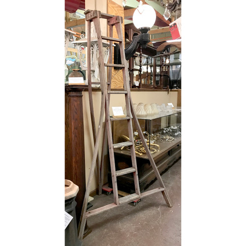 A18017 - Antique Turn-of-the-Century Orchard Ladder