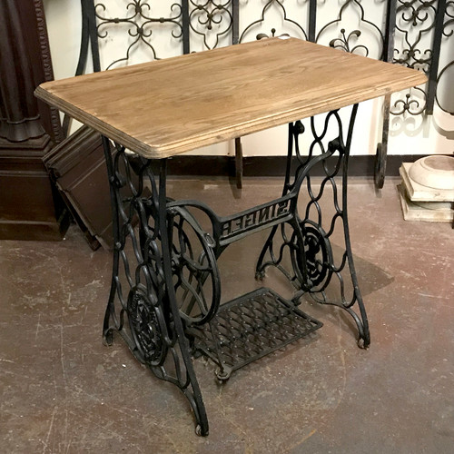 F18133 - Antique Plant Stand/Sewing Machine Table