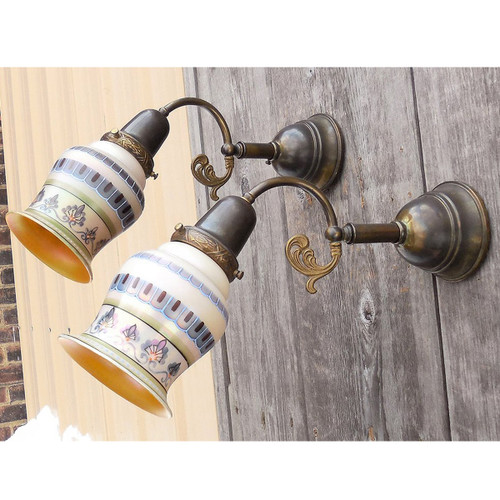 609308 - Pair of Antique Late Victorian Wall Sconces with Hand Painted Shades