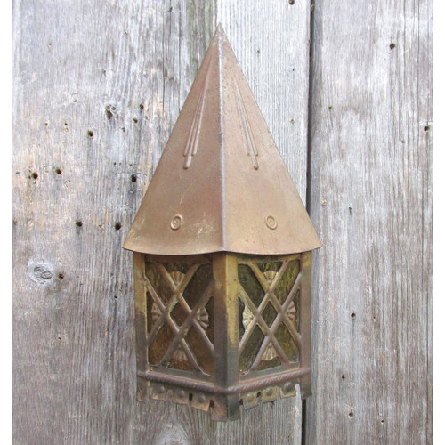 L16176 - Antique Bronze Painted Steel Tudor Style Exterior Sconce