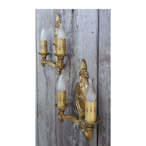 L17041 - Pair of Antique Cast Brass Colonial Revival Style Sconces