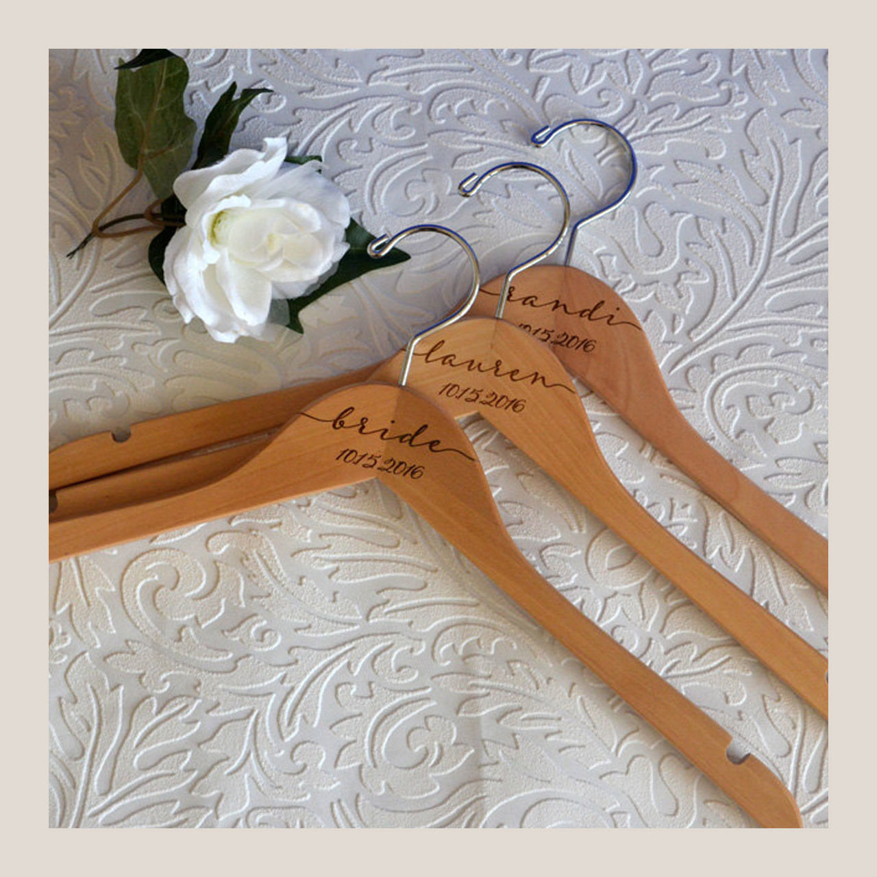 Personalized Wedding Hangers - Free Engraving + Fast Shipping ...