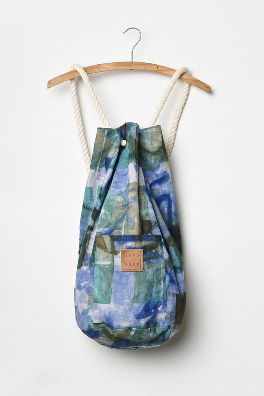 Onere Backpack, Windows