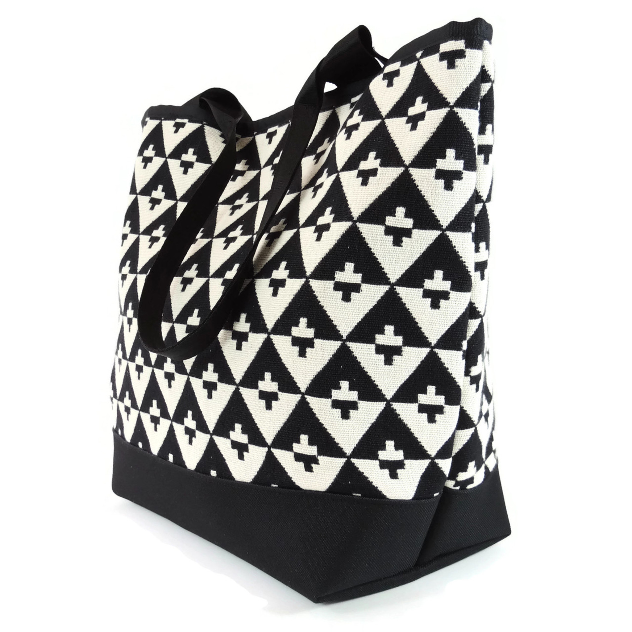Signature Tote in Hudson