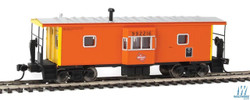 Walthers Mainline HO 910-8667 International Bay Window Caboose Milwaukee Road #992216
