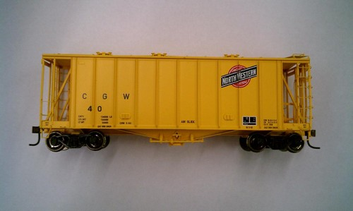 Athearn HO Scale RTR 40' 2600 Airslide Early Version, CGW #40 (Yellow) Lombard Hobbies Exclusive