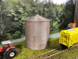 Lombard Hobbies Exclusive - N Scale Grain Bin - Assembled