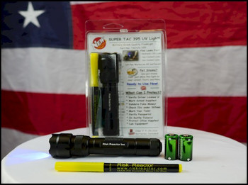 SUPERTAC-365 comes with batteries ready to use and a MAR-C0 invisible blue black light pen.