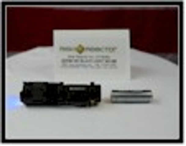 Super three 365 nm chips make this mini zoom ultra violet light the best crime scene tool.