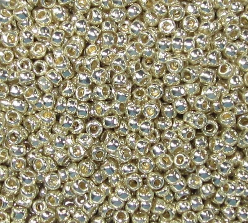 15-P0470 - PermaFinish Silver (14 gr.) (Toho PF558)