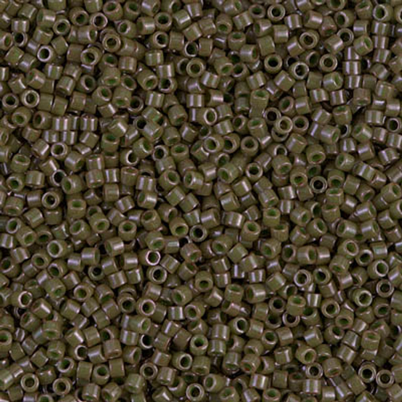 11-DB-0657, Dyed Opaque Olive (10 gr.)