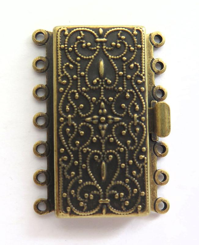 7 Strand Antique Brass Box Clasp (C184)