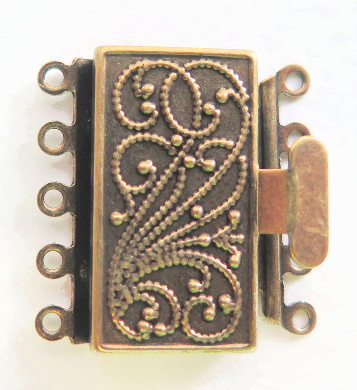 5 Strand Antique Brass Box Clasp (C180)
