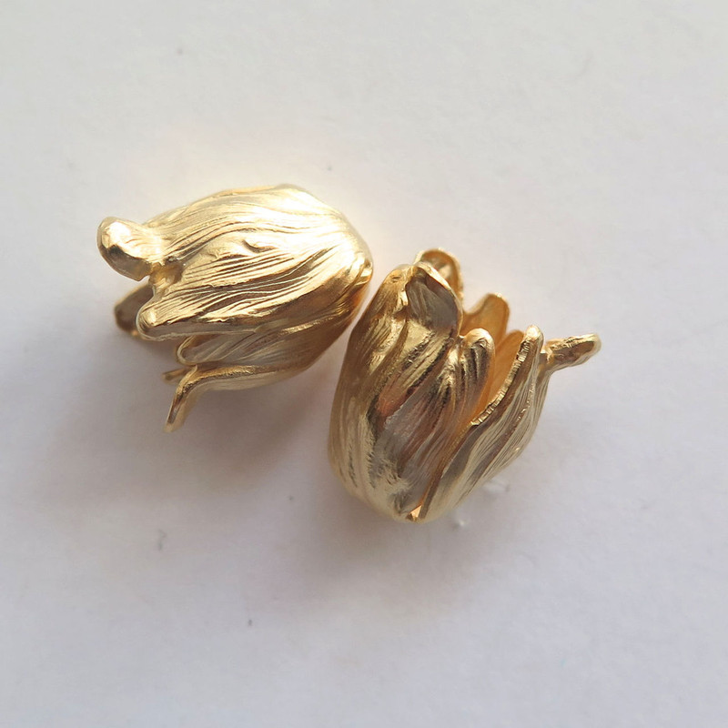 Petite Tulip End Caps 11x9mm - Matte Gold Plate (2)