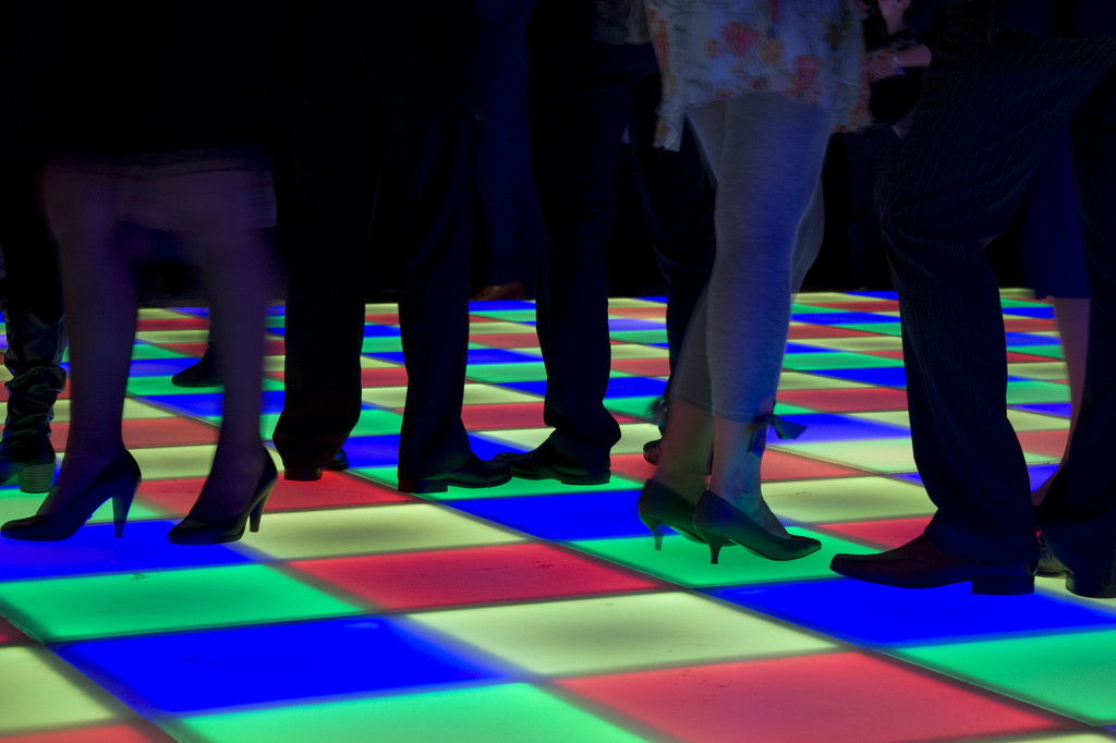 5 Reasons to Rent LED Dance Floors and Screens for Your Next Event