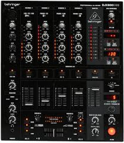 Behrenger DDM4000 DIGITAL PRO MIXER