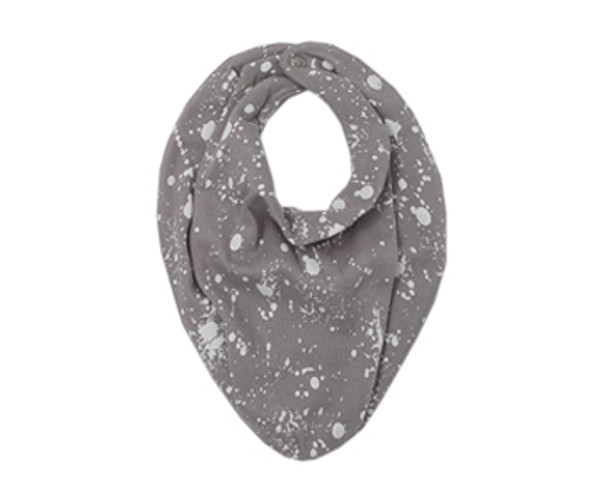 Organic Reversible Bandana Bib in Light Gray Splatter, Flat