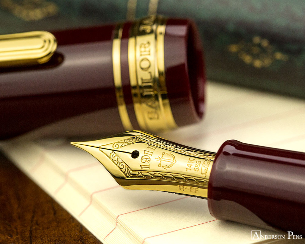 Sailor 1911 Standard Fountain Pen - Maroon with Gold Trim