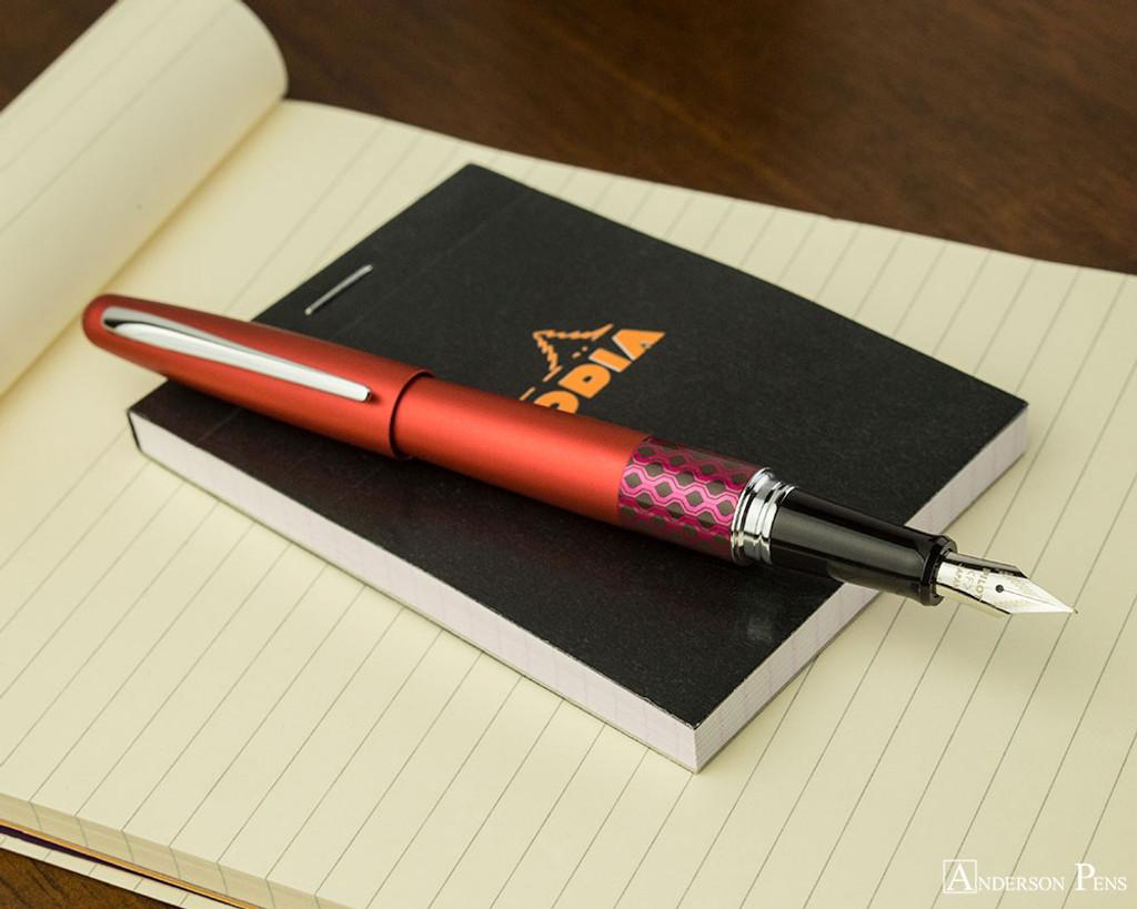 Pilot Metropolitan Fountain Pen - Retro Pop Red