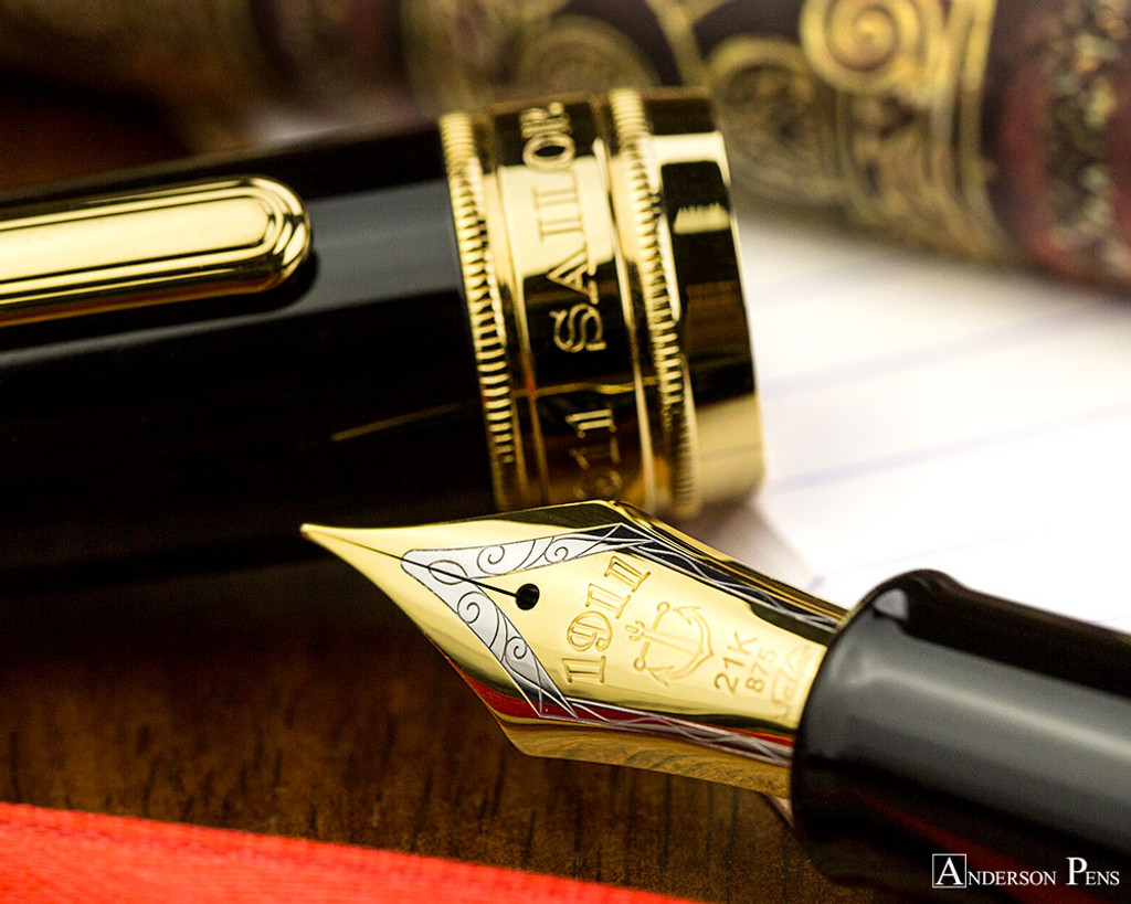 Sailor Pro Gear King of Pen Fountain Pen - Black with Gold Trim