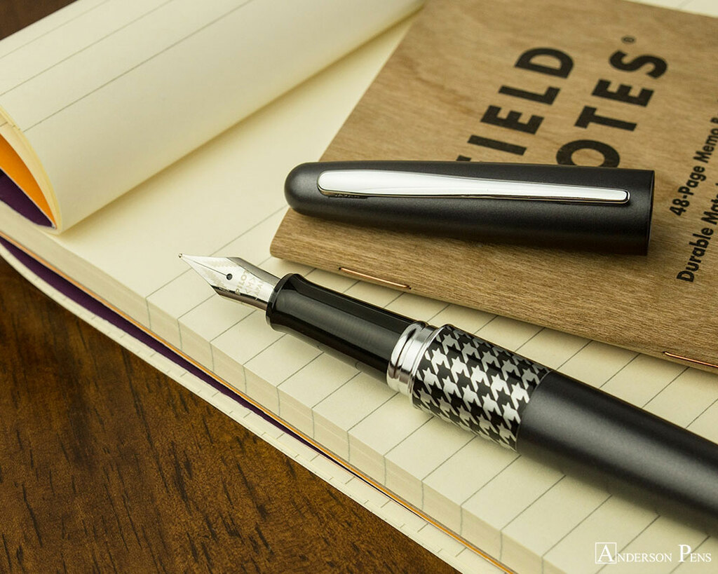 Pilot Metropolitan Fountain Pen - Retro Pop Gray