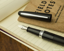 Pilot Metropolitan Fountain Pen - Black Plain