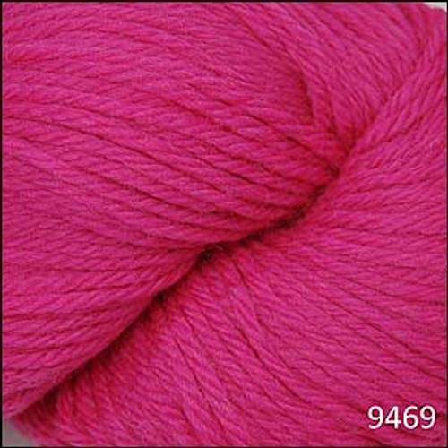 Cascade 220 Yarn - 100% Peruvian Wool - 9469 Hot Pink