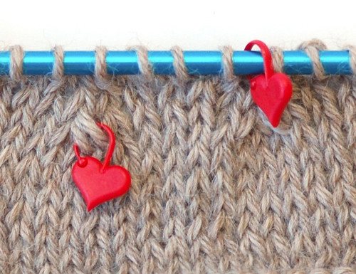 addi Love Heart Stitch Markers