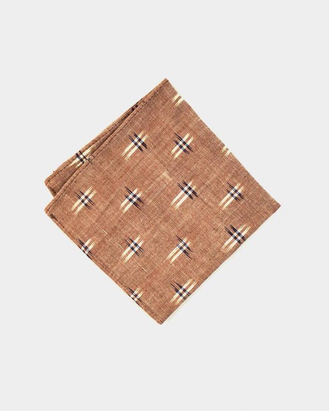 Pocket Square, Tan Kasuri