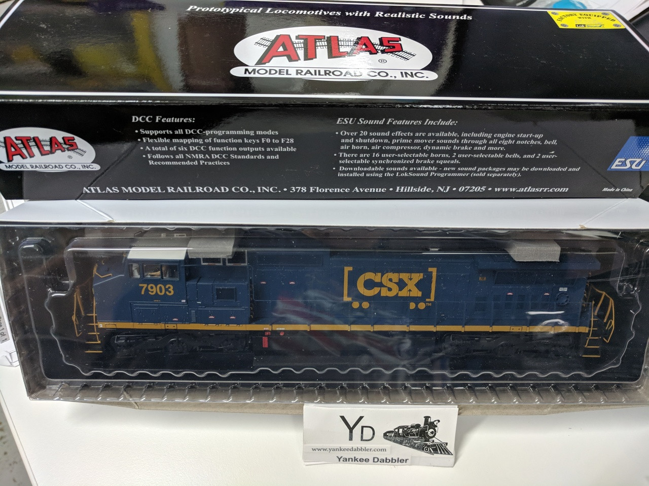 "ATLAS 10002313 / Atlas Model Railroad Co. GE Dash 8-40CW #7903 (CSX ""YN3b) w/LokSound & DCC - Master(R) Gold (SCALE=HO Part # 150-10002313"