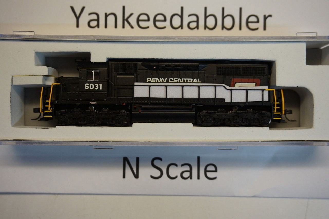 ATLAS 40003734 / EMD SD35 Low Nose - LokSound & DCC - Master(R) Gold -- PennCentral # 6014 (black, white, red P Logo)  Atlas Model Railroad Co.  - (SCALE=N) Part # 750-40003734