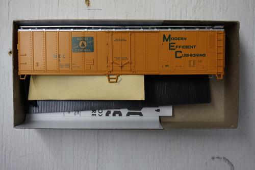 492-1 (HO SCALE) Bev-Bel-66-492-1 Maine Central 50  Mechanical Reefer MEC 1