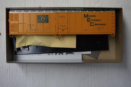 492-2 (HO SCALE) Bev-Bel-66-492-1 Maine Central 50  Mechanical Reefer MEC